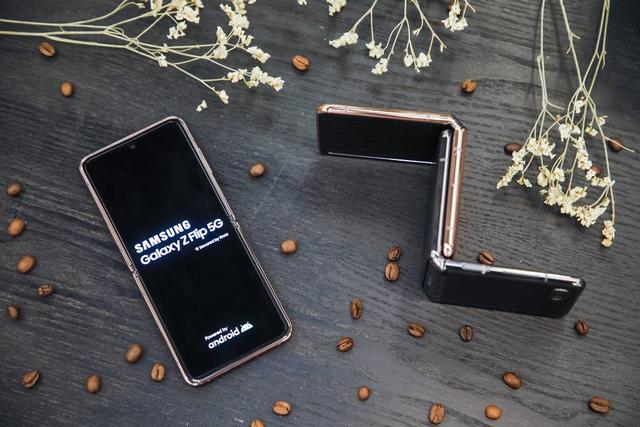5G换机潮已来!折叠屏手机加入5G终端大战