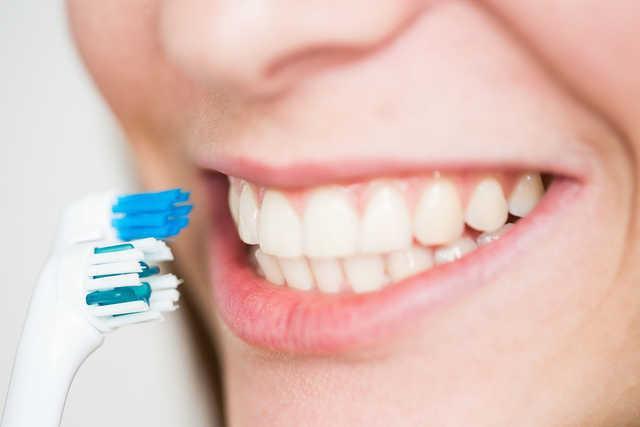 牙医都说好的电动牙刷,我用了1年后却决定放弃 生活与健康 第4张