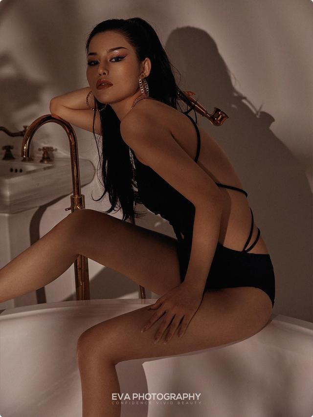 要展示女人的如水天性  浴缸是最好的场所