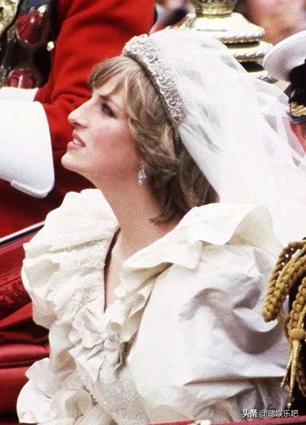 英王室王妃公主的婚礼耳饰,凯特的梨形耳坠,梅根的钻石耳钉