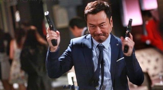 黎耀祥《杀手》翡翠台首播,打戏硬朗,叙事明快,TVB风格依旧