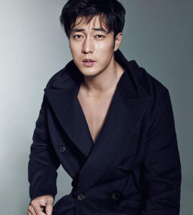 韩国明星苏志燮图片
