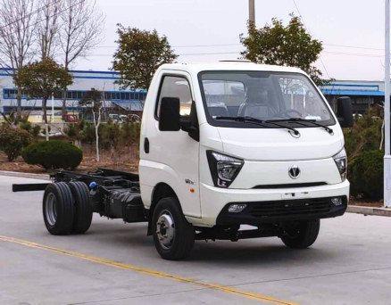 凯马凯捷5.6方吸粪车 3300轴距最大方最大马力