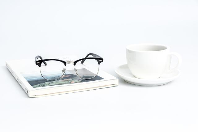 云镜台:正确的选择运动型眼镜才能更好的保护好自己的眼睛