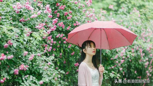 撑伞的女生图片_雨天撑伞的伤感图片_67y另类的鹿_新浪博客