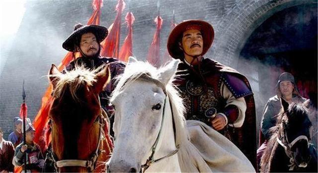 崇祯皇帝收尸,崇祯皇帝自尽,李自成攻占京城后,他是怎样处理皇帝的遗体的?