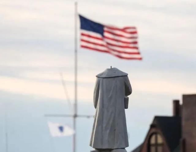 蔑視推倒雕像,特朗普下令:建美國英雄國家花園,專放各種雕像