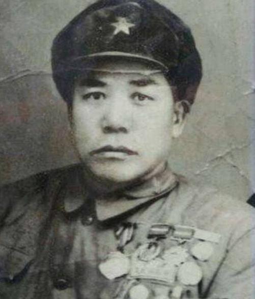 中国单兵作战能力最强士兵吕俊生:8次一等功,一次刺死27名鬼子