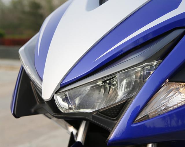 大阳踏板摩托车