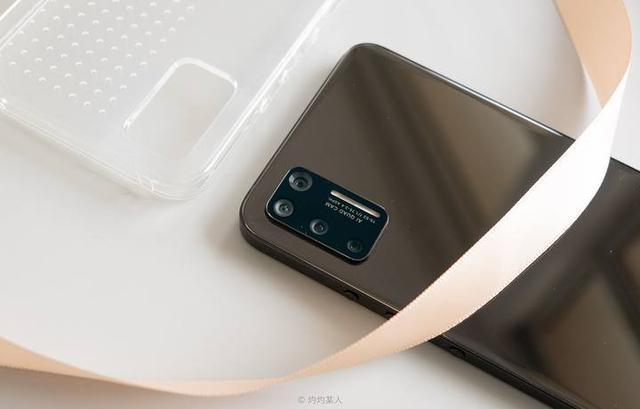 搞机零距离:坚果Pro3体验 第一款没有老罗的锤子手机