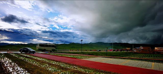 我的关键词 一路走过甘南碌曲县知名景区景点不停车,这个目的地美翻了dnf土罐花美男  热点资讯