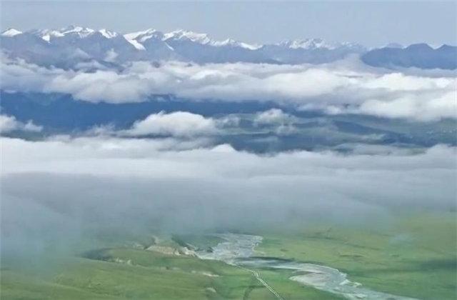世界七大山系之天山山脉各具挑战的山峰