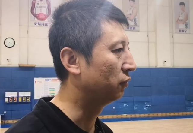 深夜重磅!曝辽宁男篮主帅郭士强正式下课,刚退役的功勋已接任