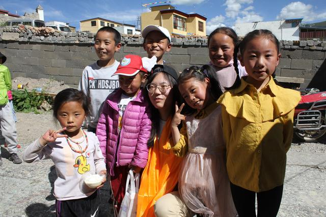 青海玉树爱心互助公益行活动圆满结束 众多爱心企业人士热情支持