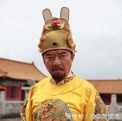 朱元璋私访入破寺,见墙上留下一画一诗,震怒道:人没走远快追!