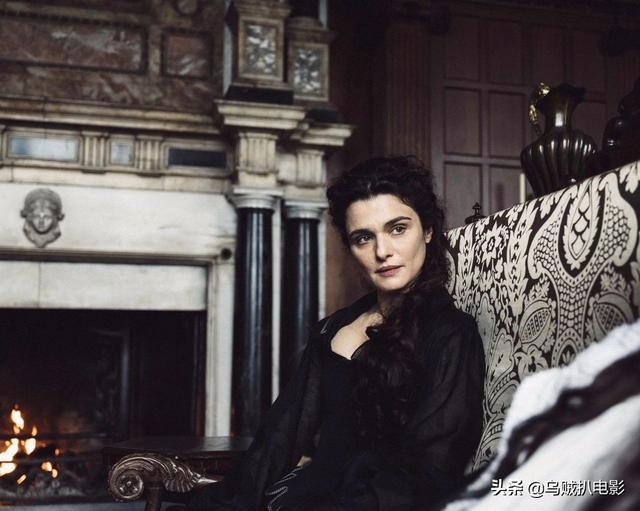 女王被宠成公主的样子