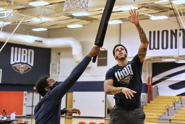 大變樣!鵜鶘曬四少訓練照,Ingram積極備戰復賽,球哥雙臂已經粗了一大圈!-黑特籃球-NBA新聞影音圖片分享社區