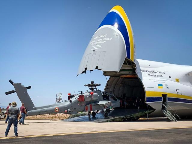 极限施压:第二批阿帕奇直升机抵达印度,中国造飞弩16导弹可反制