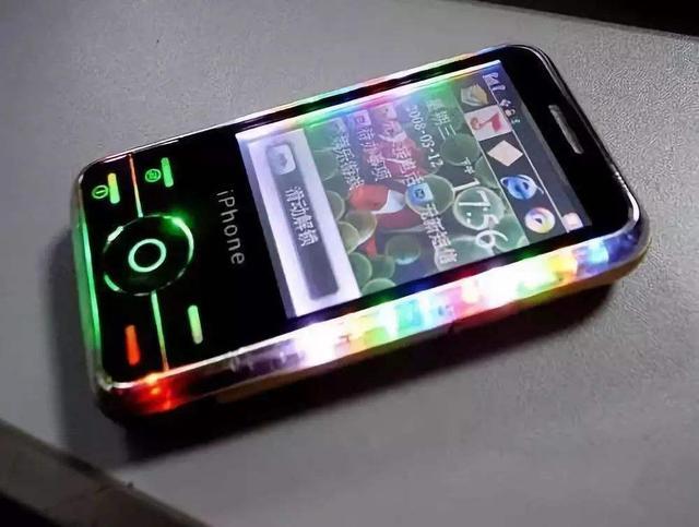 从曾经的行业前三到现在的月销几百,这个手机品牌怎一个惨字了得