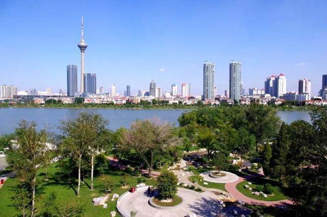 水上公园调整开园措施 单日客流不超3万人次