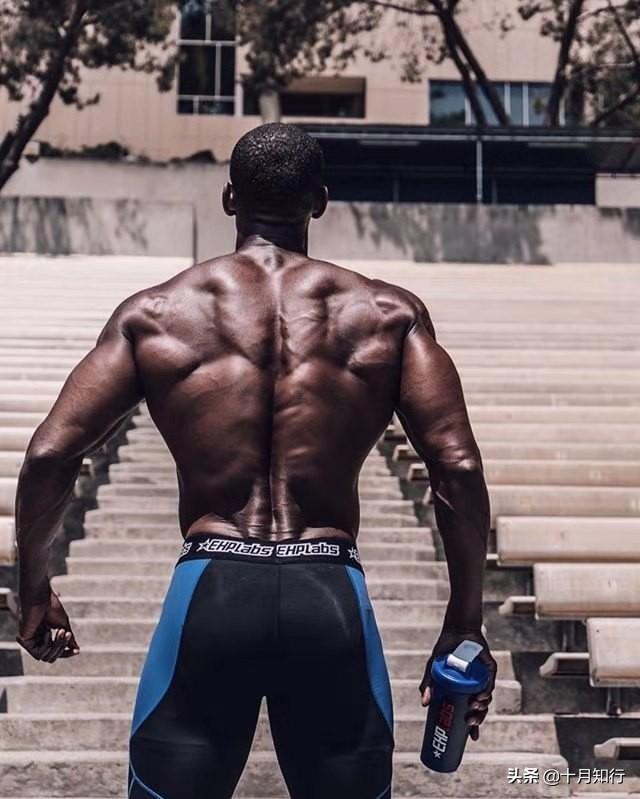 如何練好背肌?5個細節6個動作,全面刺激背肌塑造完美倒三角身材