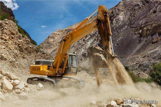 在藏南地区大修公路!印军首要任务曝光,莫迪要跟中国比拼基建