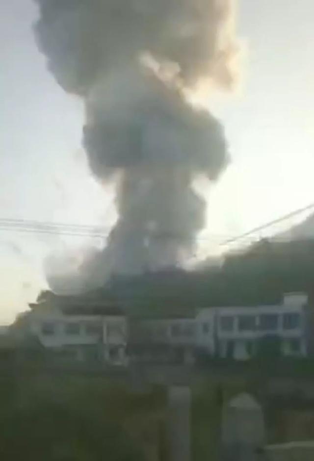 浏阳烟花厂爆炸致13死,当地两次瞒报称7死;据规定,7死属较大事故,13死为重大事故,由省政府调查。你怎么看?