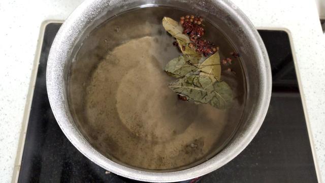 咸鸭蛋这样腌制,个个流油,又香又沙,做蛋黄酥和蛋黄月饼必备