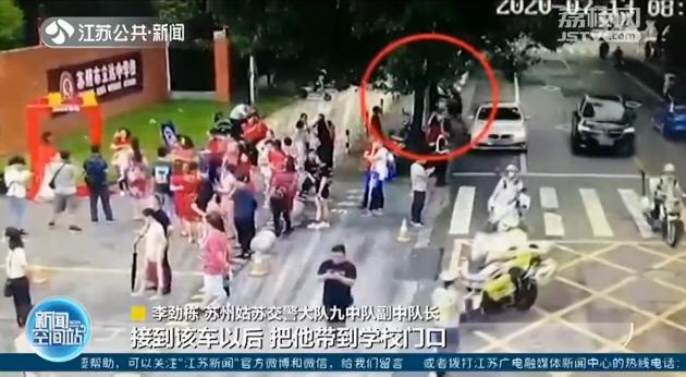 考试快开始了!中考考生被堵在路上 还无法说清位置 交警护航送其应考