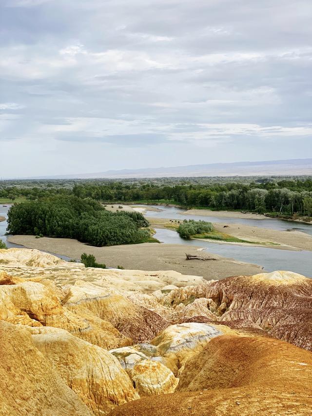 新疆之行来之不易:开10小时,只为目睹那条唯一流入北冰洋的河流