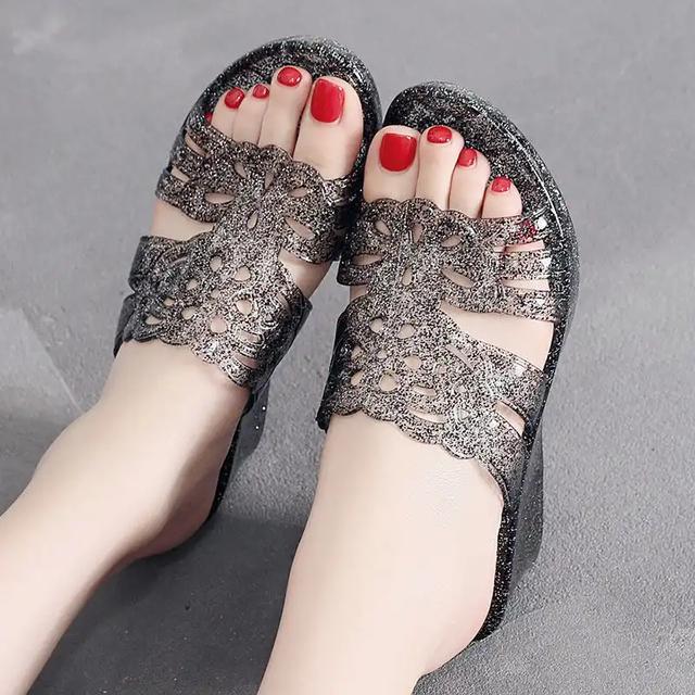 拖鞋女外穿夏季时尚2020真皮坡跟厚底拖鞋高跟松糕水钻一字拖凉鞋