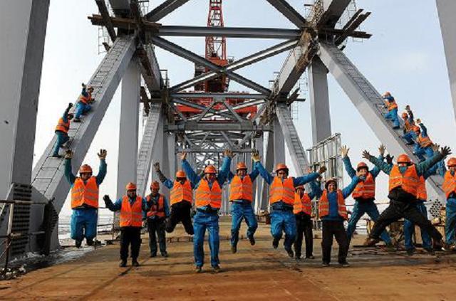 直击干海子特大桥,长1811米,共36跨,创了四个第一!