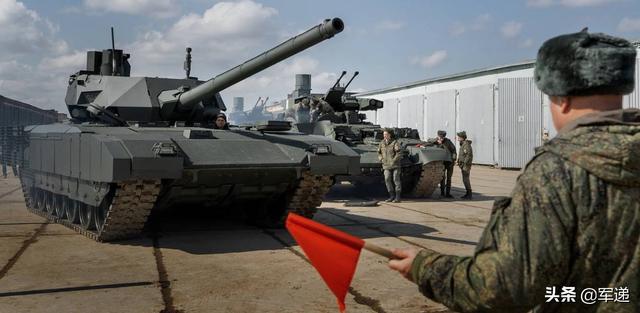 还想压制中国?印度考虑采购俄科幻坦克,专家:买了还是打不过