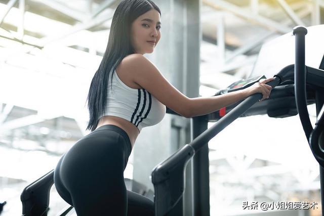 30张无水印健身美女图,这身材是不是你的目标?_网易新闻