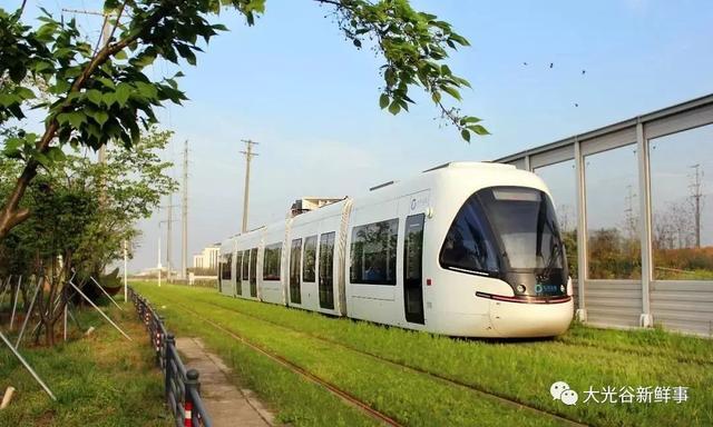 """武汉的这条有轨电车今天成了""""网红"""",票价、换乘全攻略在这里……"""