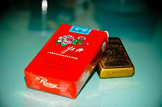 5大最昂贵香烟,中华落榜,第一名3000一包!你知道几种?_腾讯网