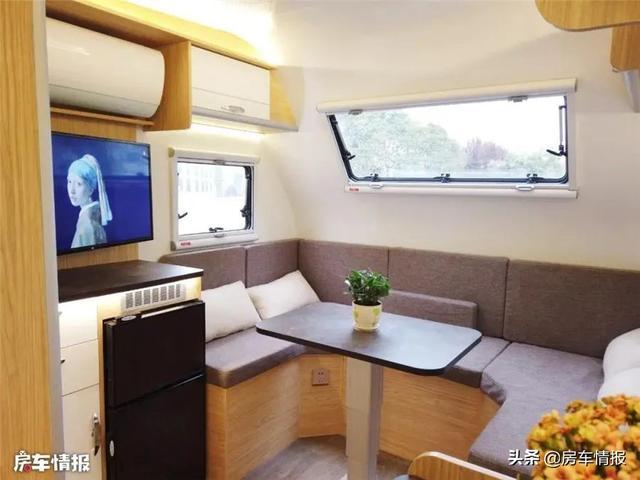 这款汽油自动挡多功能旅居房车兼顾日常使用和旅行功能