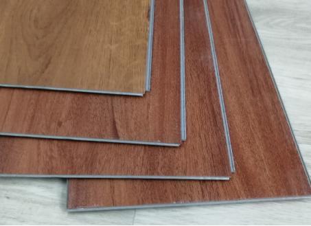 湿热多雨的南方气候,家里装修怎么选择地板?