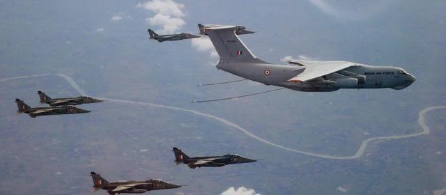 印军战机刚起飞,就遭远程雷达锁定,原来巴铁部署了中国导弹