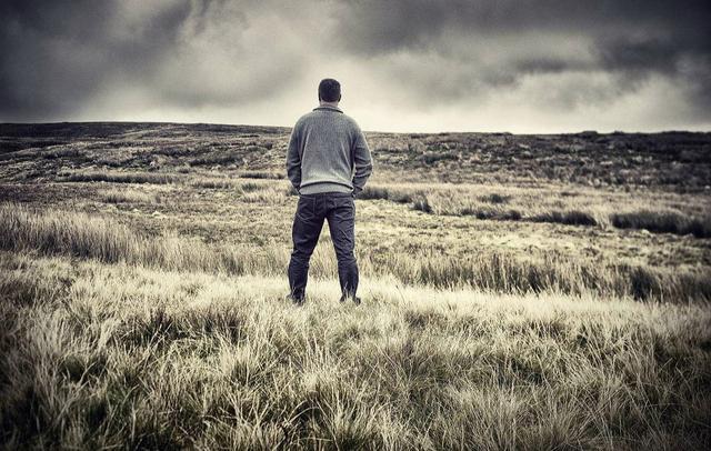 独处,是一种智慧的沉淀,独处的人,才是内心足够强大和丰富的人