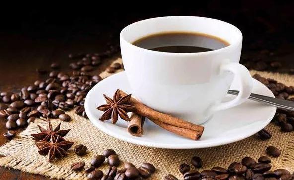 咖啡是寒性还是热性?这些人群不宜多喝咖啡