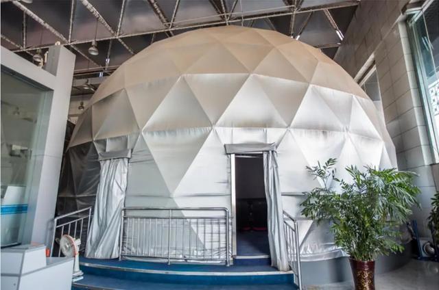 亮丽画质塑造球幕震撼 爱普生工程投影机球幕方案纵览