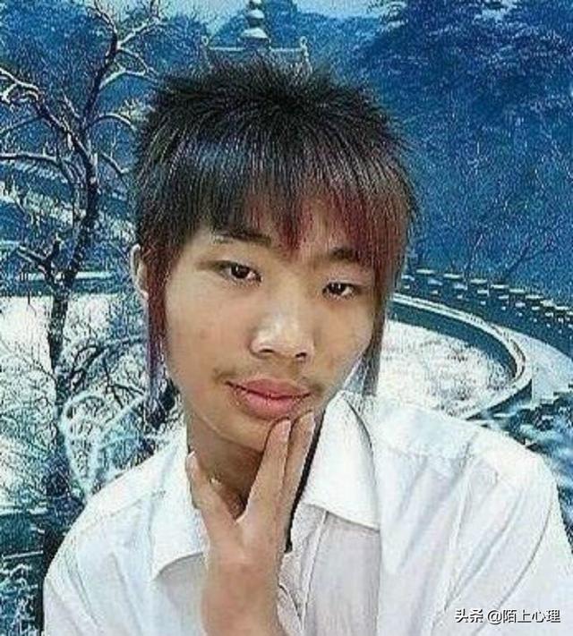 17岁小哥哥照片刘海