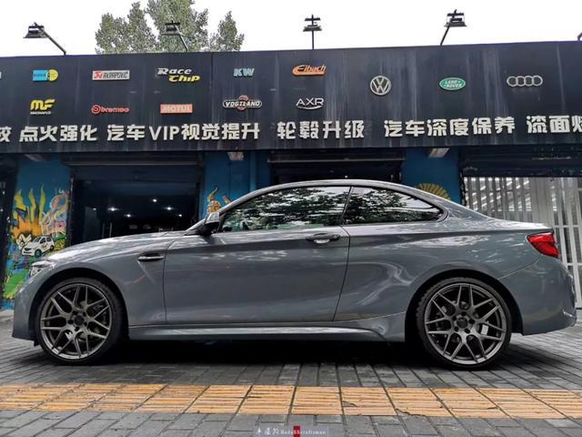 宝马M3全车贴膜改色水晶水泥灰,低调与个性并存!西安汽车改装