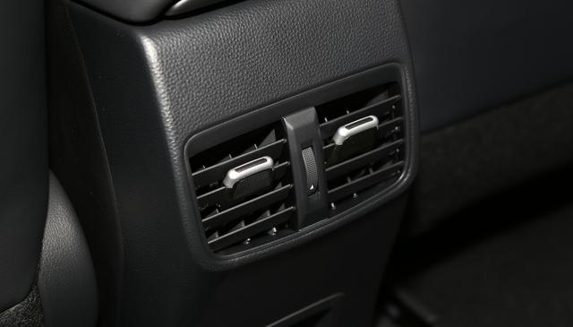 家用車以省油耐用為主,2021款豐田雷凌,外觀動感,加速有力