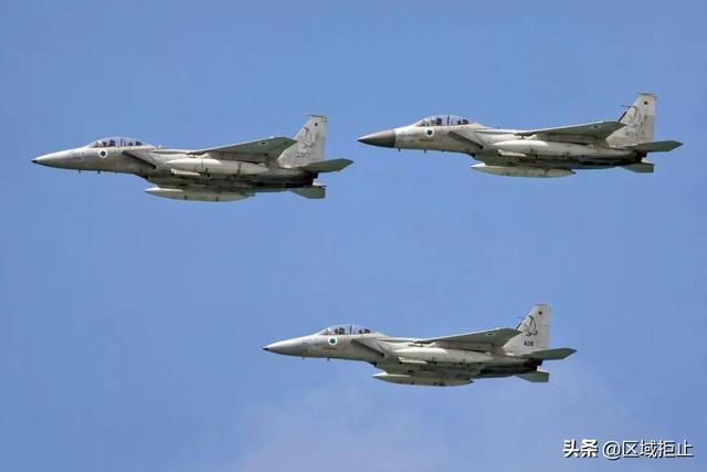 以色列拿出铁证,彻底推翻歼10抄袭论,与狮式战机大相径庭