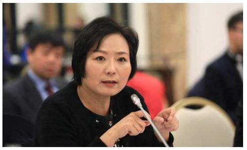 """中国神秘女富豪:白手起家成为""""地产女王"""",离婚分给前夫200亿 创业 第8张"""