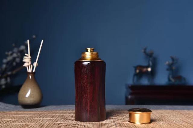 小叶紫檀福在眼前茶叶罐