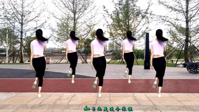2018最火20步广场舞《拥抱着你离去》,简单的舞步,恋人的情怀