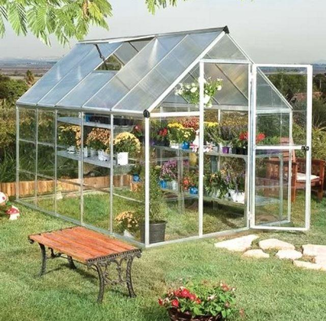 自己制作一个小温室,四季都可以栽种植物,花几百块就能做好